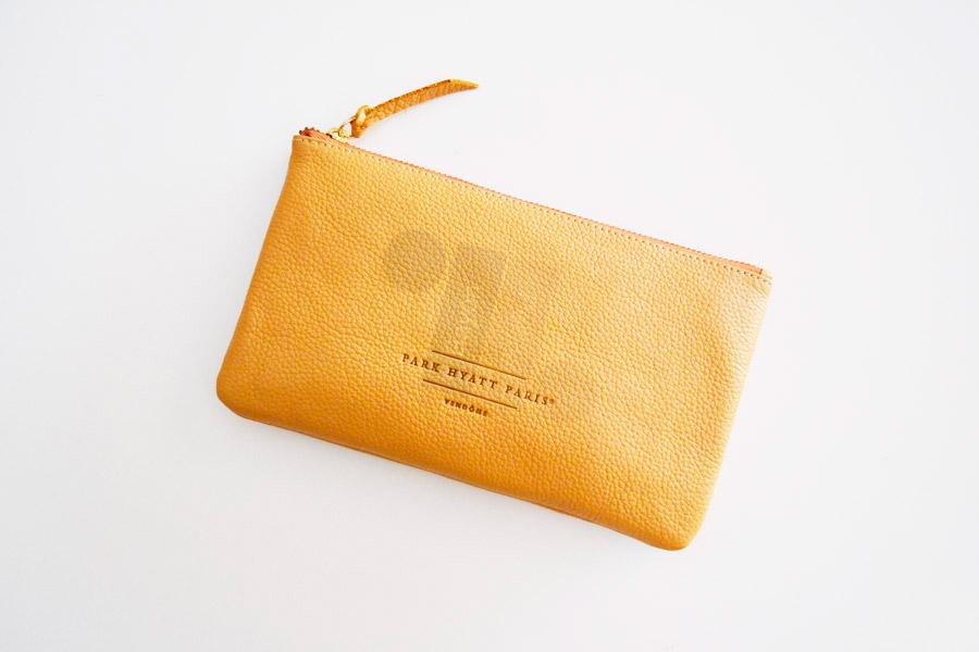 marroquineria-regalos-de-empresa-en-piel-bayon-pellicer-neceser-pouch